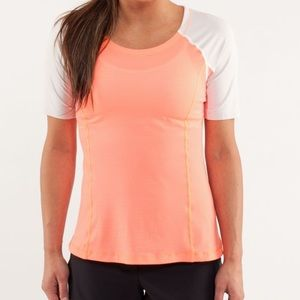 Lululemon Turn It Up Tee Shirt Top